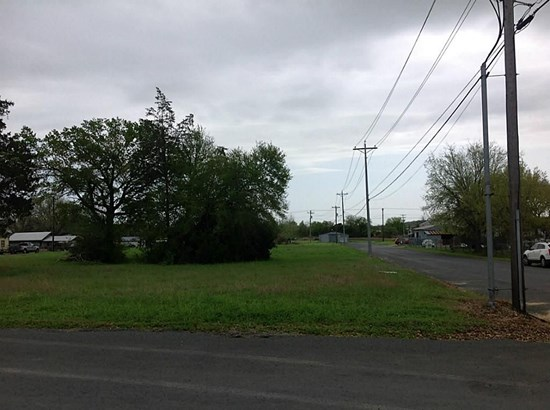 0000 Reynolds And Miller, La Grange, TX - USA (photo 3)