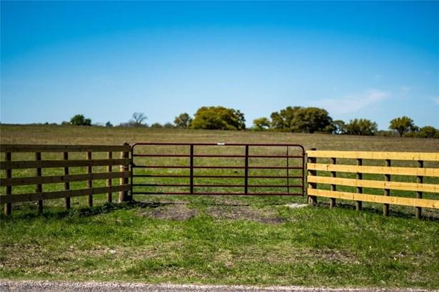 0 Fm 390, Brenham, TX - USA (photo 1)