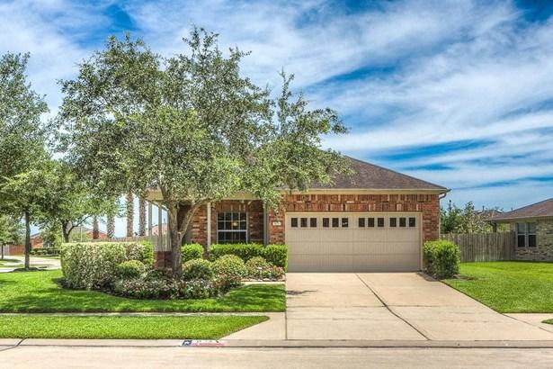 823 Honeysuckle Vine, Richmond, TX - USA (photo 1)