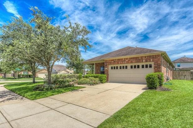 823 Honeysuckle Vine, Richmond, TX - USA (photo 2)
