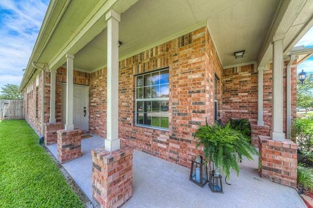 823 Honeysuckle Vine, Richmond, TX - USA (photo 5)