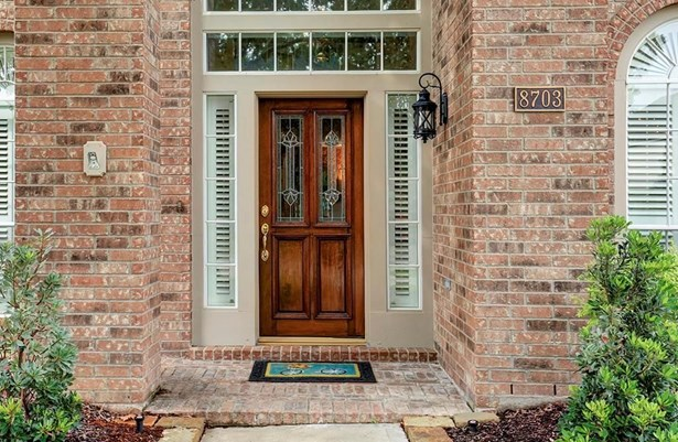 8703 Magnolia Forest, Sugar Land, TX - USA (photo 3)