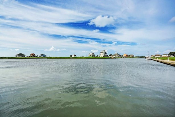 2120 Laguna Harbor Cove, Port Bolivar, TX - USA (photo 5)