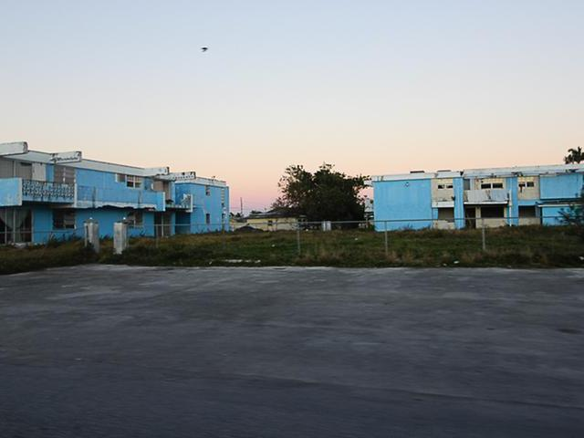 Baron Court, Grand Bahama/freeport - BHS (photo 1)