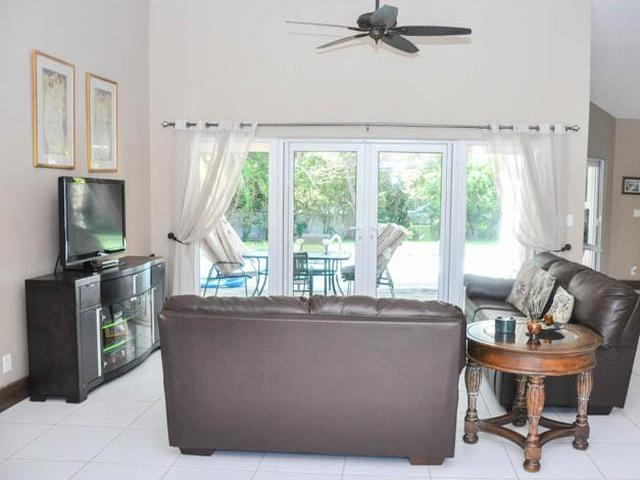 21 Doubloon Road, Grand Bahama/freeport - BHS (photo 3)