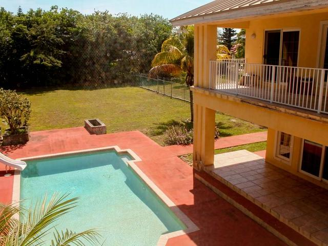 11 & 12 Albacore Drive, Grand Bahama/freeport - BHS (photo 5)