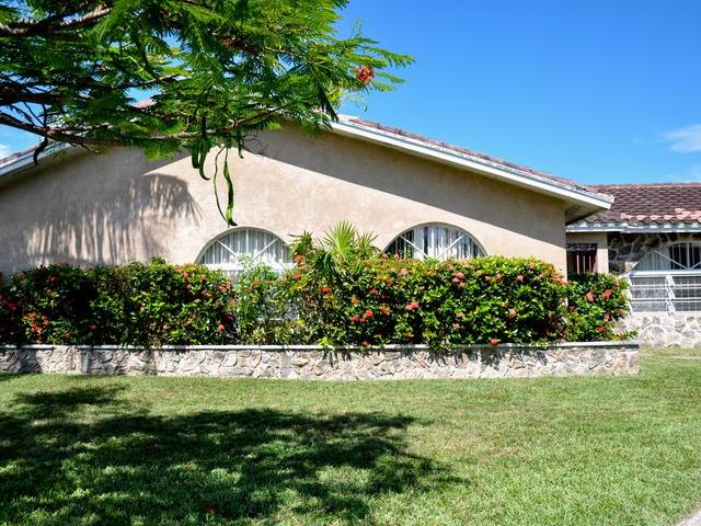 37 Bahamia West, Grand Bahama/freeport - BHS (photo 1)