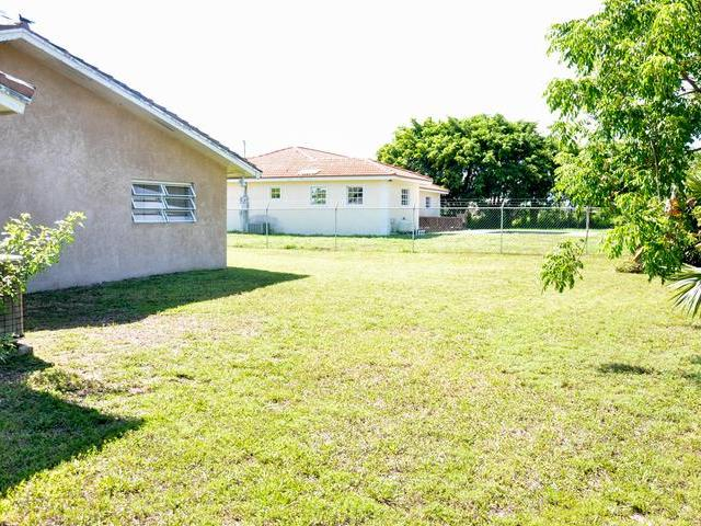 37 Bahamia West, Grand Bahama/freeport - BHS (photo 4)