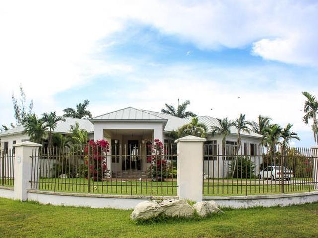 31 Symonette Drive, Grand Bahama/freeport - BHS (photo 2)