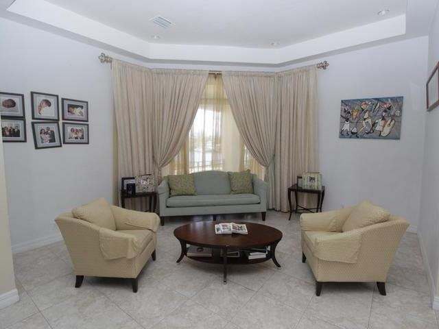 31 Symonette Drive, Grand Bahama/freeport - BHS (photo 4)