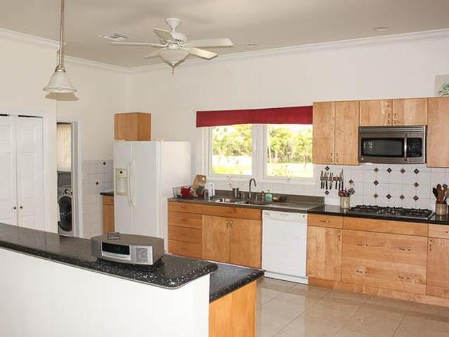 47 Royal Palm Way, Grand Bahama/freeport - BHS (photo 5)