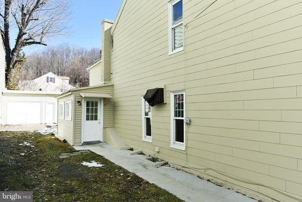 Twin/Semi-detached, Traditional - PORT CARBON, PA (photo 4)