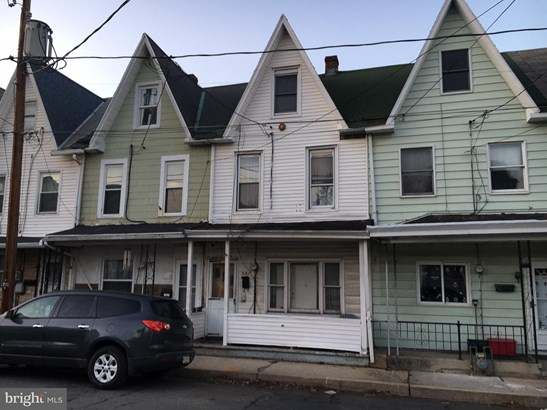 Traditional, Interior Row/Townhouse - POTTSVILLE, PA
