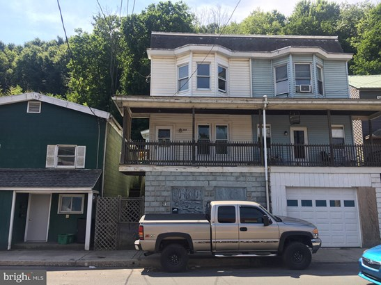 Twin/Semi-detached, Traditional - POTTSVILLE, PA