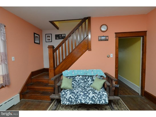 Twin/Semi-detached, Traditional - FRACKVILLE, PA (photo 5)