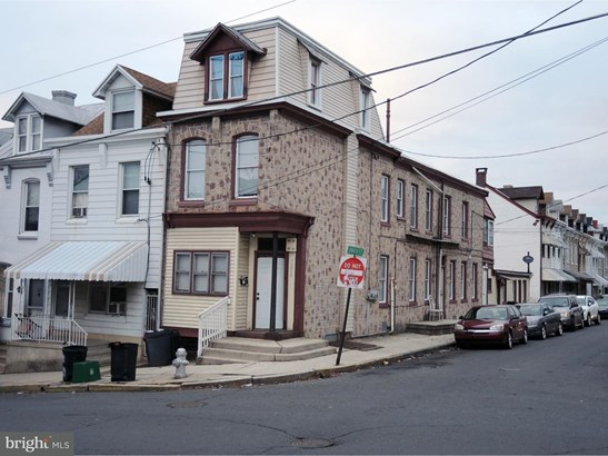 End of Row/Townhouse - READING, PA (photo 1)