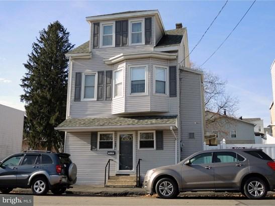 Single Family Residence, Traditional - FRACKVILLE, PA (photo 1)