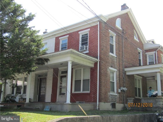 Twin/Semi-detached, Traditional - FLEETWOOD, PA (photo 1)