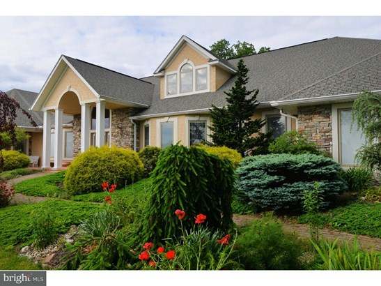 Contemporary, Detached - NEW RINGGOLD, PA (photo 3)