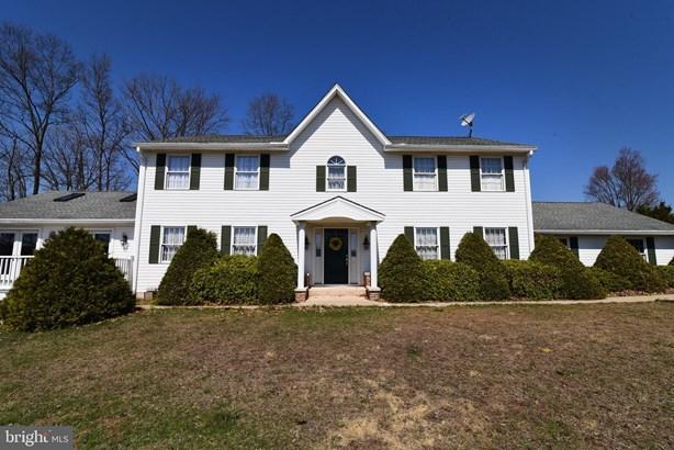 Colonial, Detached - AUBURN, PA