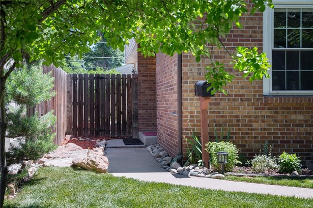 642 South York Street, Denver, CO - USA (photo 2)