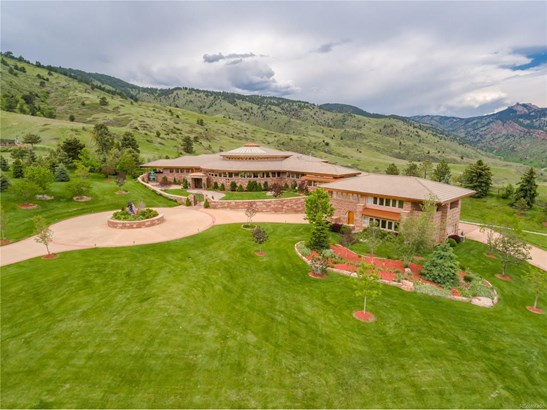 22101 Bear Tooth Drive, Golden, CO - USA (photo 2)
