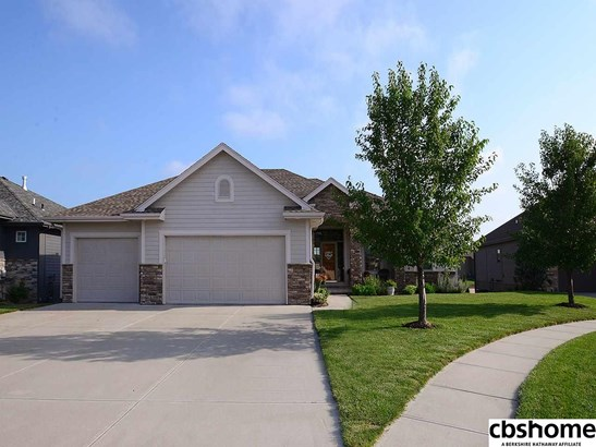 Detached Housing, Ranch - Valley, NE (photo 1)