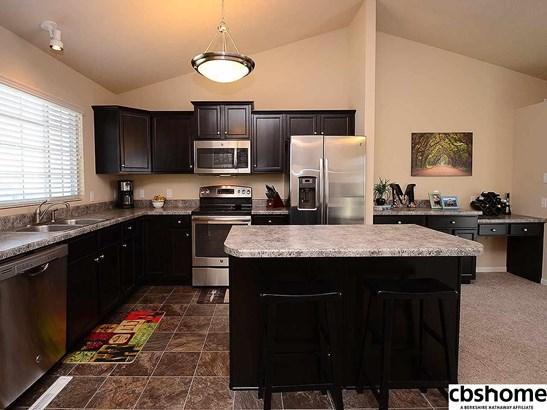 Detached Housing, Multi-Level - Omaha, NE (photo 2)