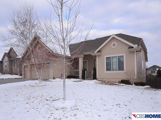 Detached Housing, Ranch - Bellevue, NE (photo 2)