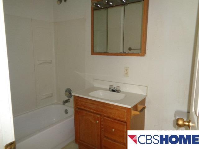 Detached Housing, 2 Story - Plattsmouth, NE (photo 5)