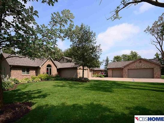 Detached Housing, Ranch - Springfield, NE (photo 1)