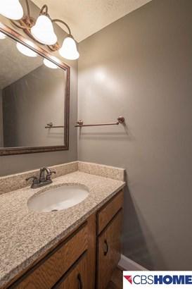 Attached Housing, 2 Story - Bellevue, NE (photo 3)