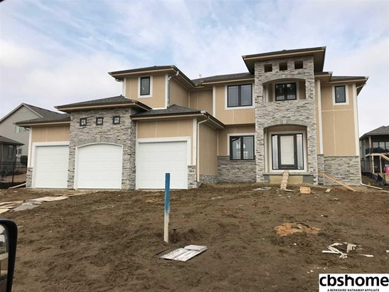 Detached Housing, 2 Story - Gretna, NE (photo 1)