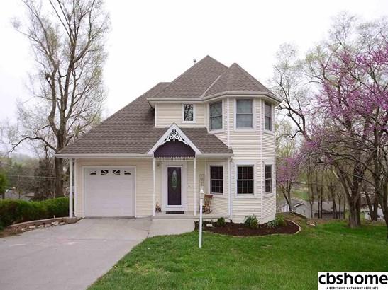 Detached Housing, 2 Story - Louisville, NE (photo 1)