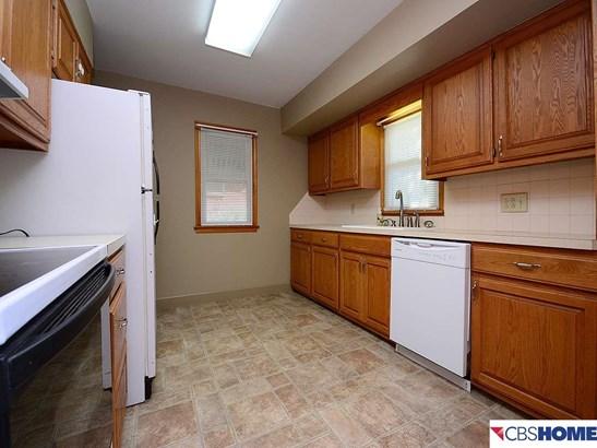 Detached Housing, Ranch - Omaha, NE (photo 5)