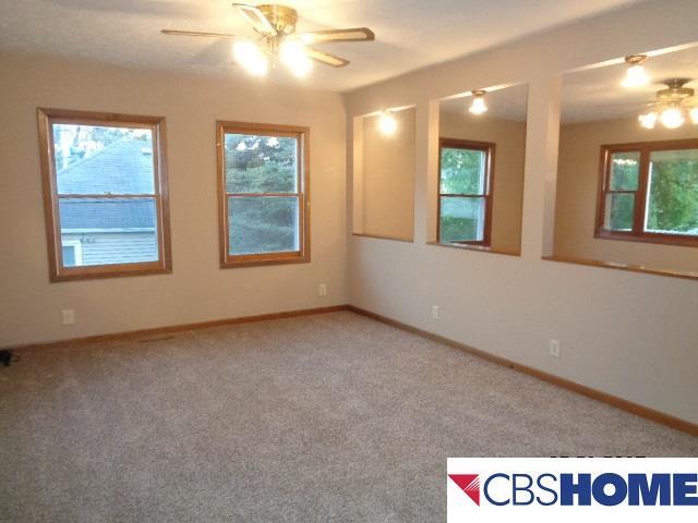 1.5 Story, Detached Housing - Plattsmouth, NE (photo 4)