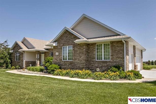 Detached Housing, Ranch - Elkhorn, NE (photo 1)