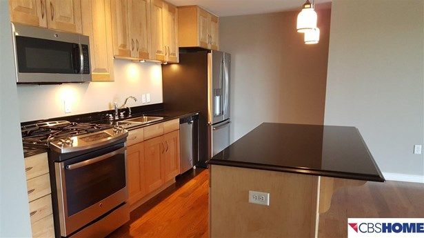 Attached Housing, Condo/Apartment Unit - Omaha, NE (photo 1)