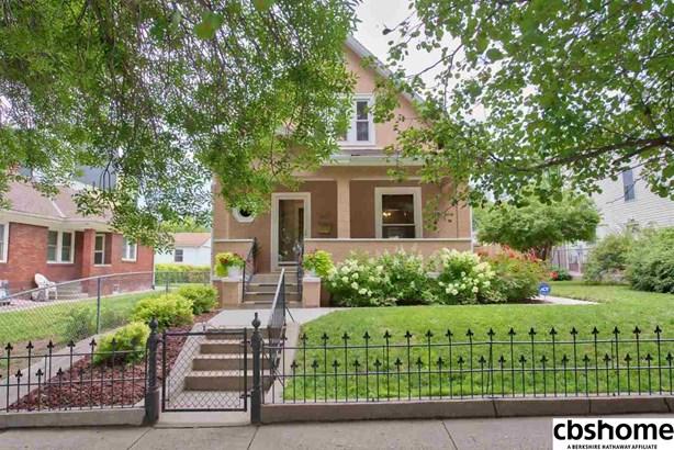 1.5 Story, Detached Housing - Omaha, NE