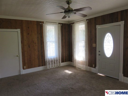 Detached Housing, 2 Story - Memphis, NE (photo 4)