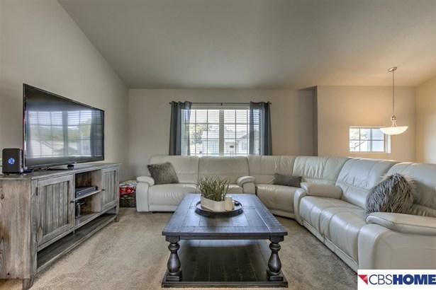 Detached Housing, Split Entry - Omaha, NE (photo 5)
