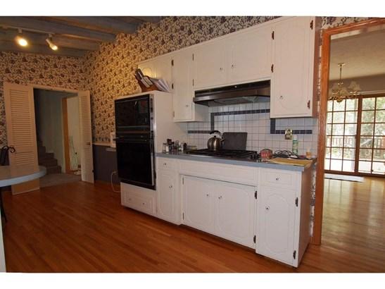 Detached Housing, Multi-Level - Omaha, NE (photo 5)