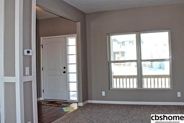 Detached Housing, 2 Story - Gretna, NE (photo 5)