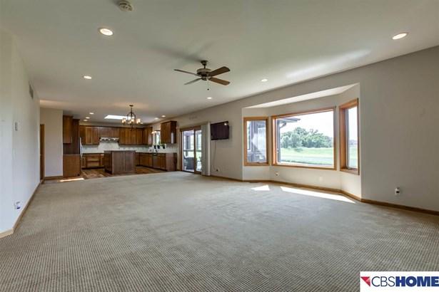 Detached Housing, Ranch - Papillion, NE (photo 5)
