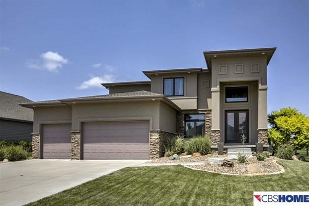 Detached Housing, 2 Story - Omaha, NE (photo 2)