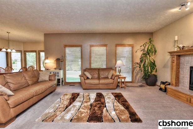 Detached Housing, 2 Story - Omaha, NE (photo 4)