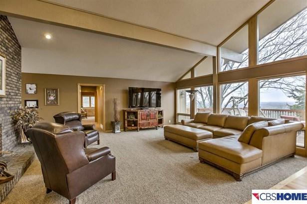 Detached Housing, Ranch - Elkhorn, NE (photo 2)
