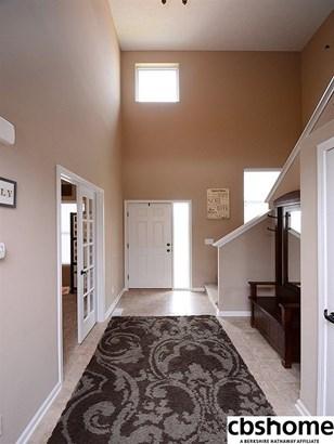 Detached Housing, 2 Story - La Vista, NE (photo 4)