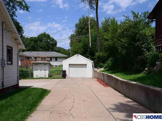 Detached Housing, Ranch - Council Bluffs, NE (photo 3)
