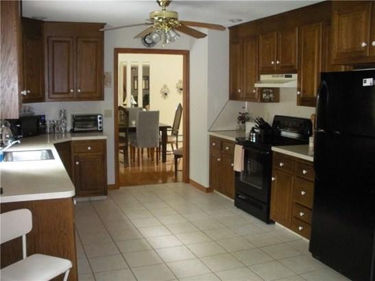 399 Norwich Salem Turnpike, Montville, CT - USA (photo 2)